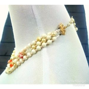 Boutique Jewelry - Vintage triple strand white/orange and pearl besds